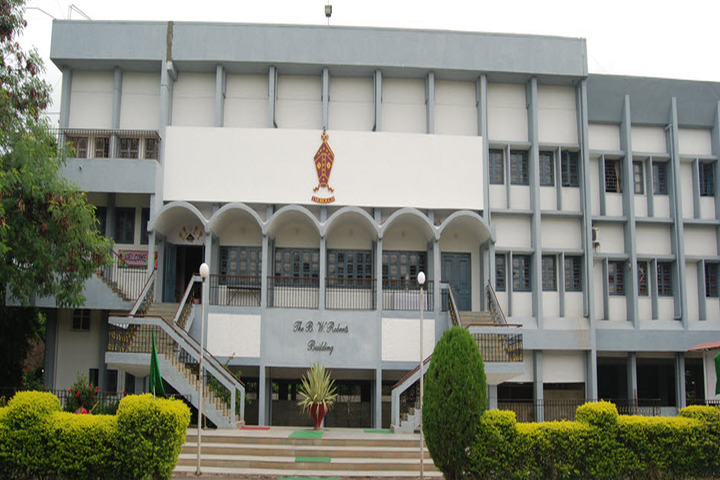 The Bishops School-School Building
