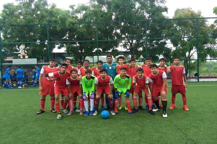 Smt Ramdevi Sobhraj Bajaj Arya Vidya Mandir-Sports