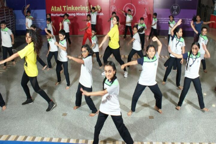St Johns Universal School-Dance