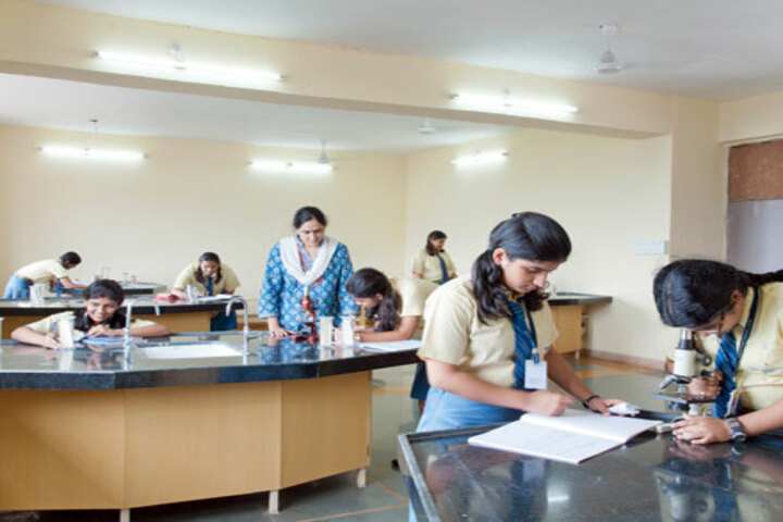 North Point School-Physics Lab