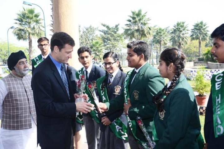 Delhi Public School-Welcoming The Guest