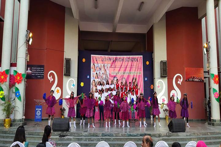 Ryan International School-Dance