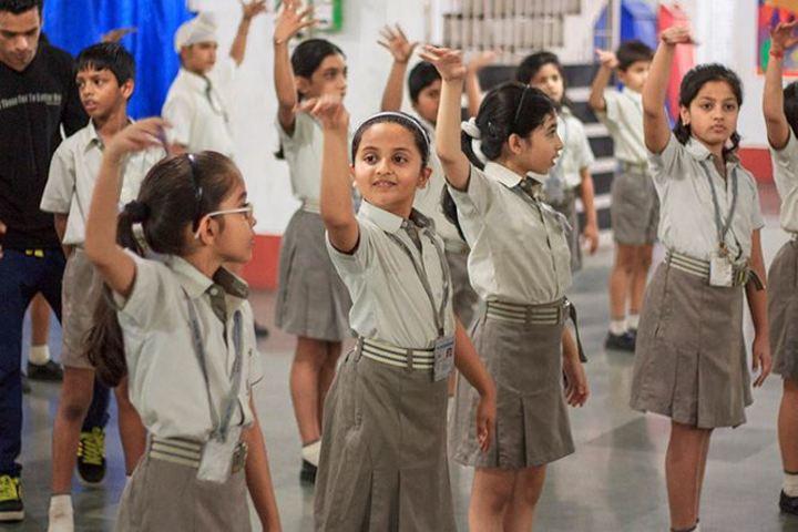 Avalon Heights International School-Dance