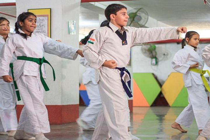 Avalon Heights International School-Karate