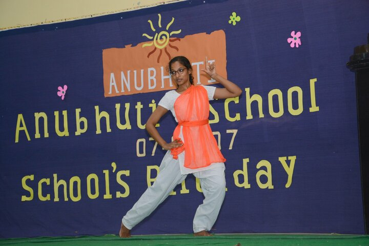 Anubhuti School-Dance