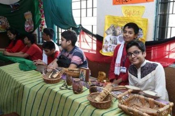 Presentation Convent School-School Exhibition