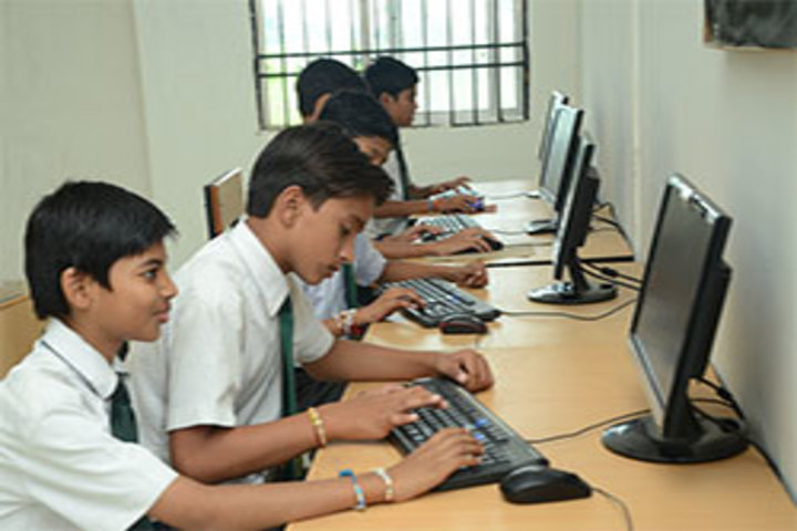 Delhi Public School Kawardha-Kids Computer Lab