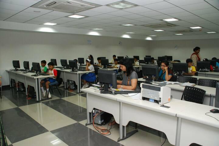 Goldcrest High-Computer Lab