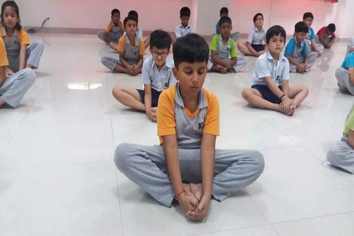 Kohinoor International School-Yoga