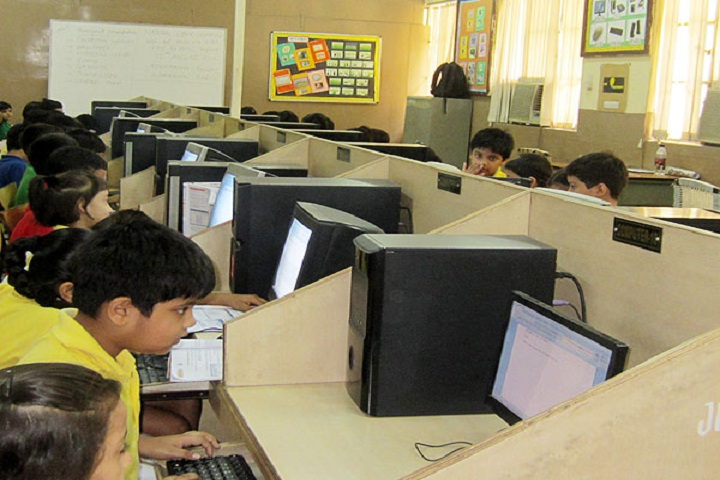 The Frank Anthony Public School-Computer lab