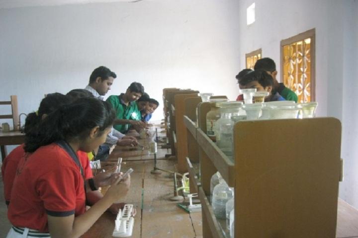 Matrusri Anglo Vedic School-Science lab