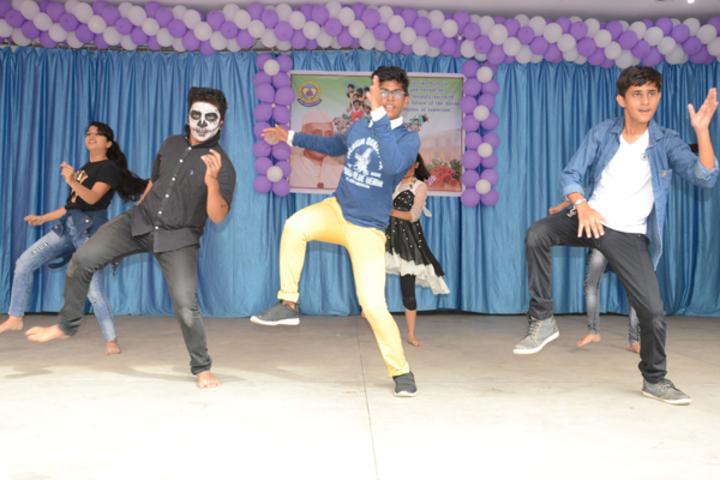 Saint Arnolds School-Dance