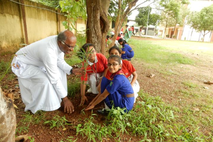 Saint Arnolds School-Tree planting