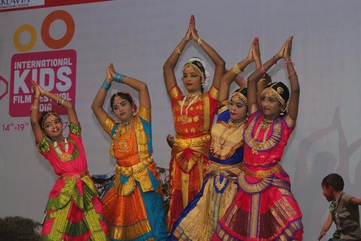 Aklavya International School - Dance