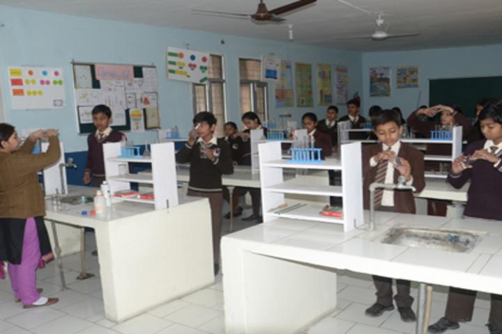 New Angel Public School-Chemistry Lab