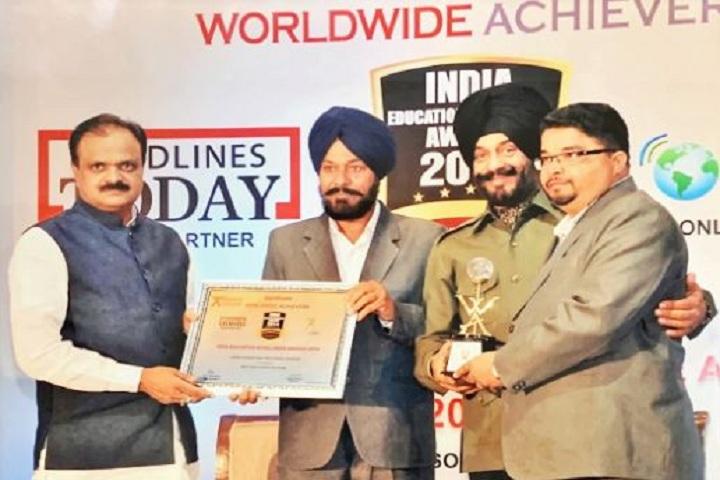 Gobind International Public School-Award Receiving
