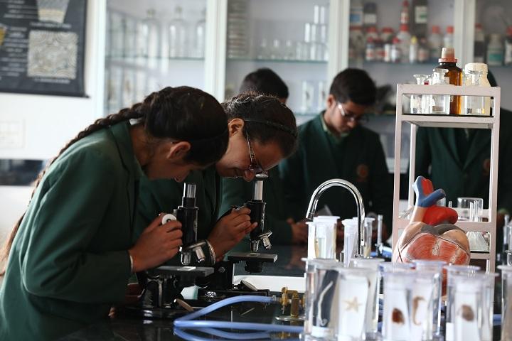 Gobind International Public School-Science Lab