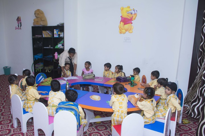U K International School-Play School
