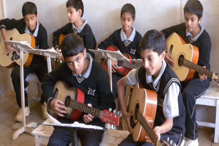 Riverside Public School-Music Class