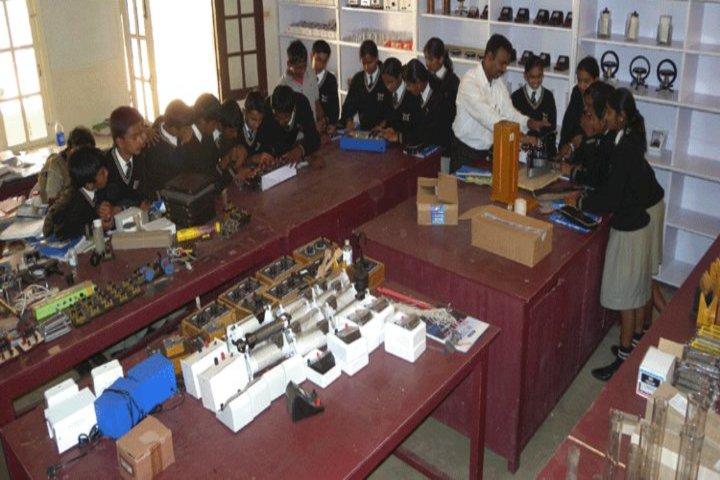 Riverside Public School-Physics Lab