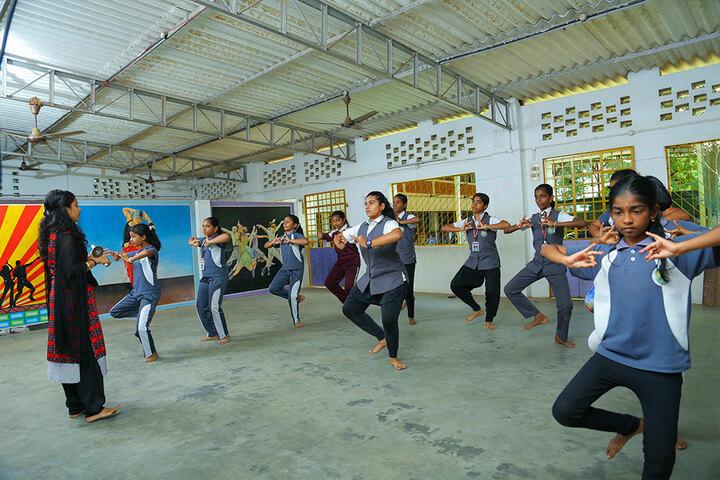 Excel Central School-Dance Class