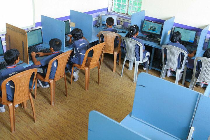 Excel Central School-Junior Computer Lab