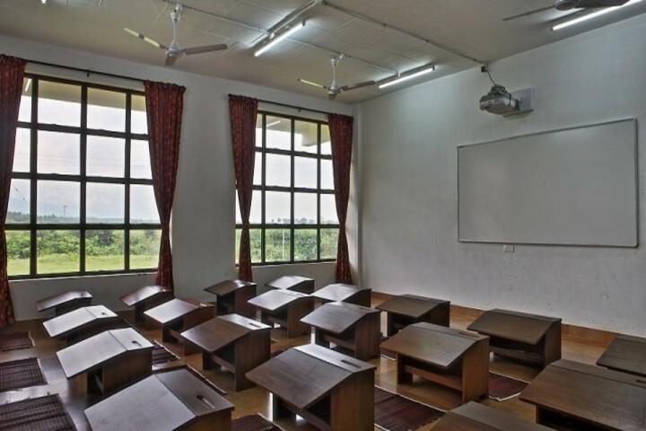 Isha Home School-Classroom