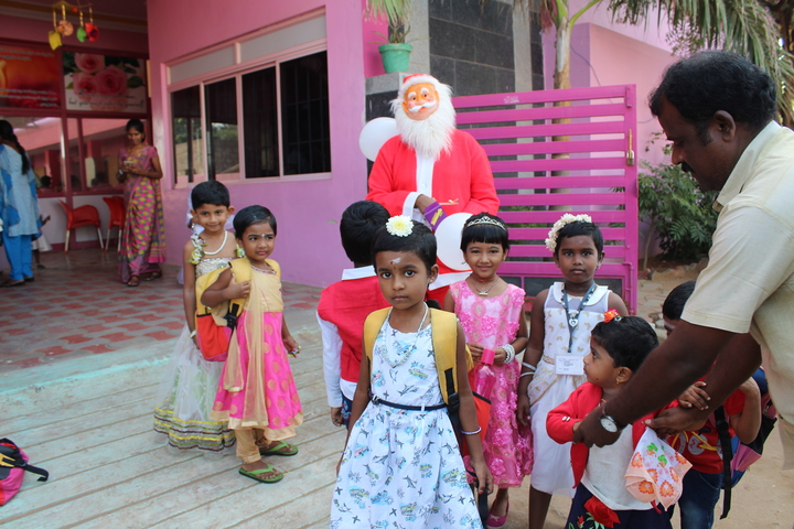 Shri Vijayalakshmi Vidhyalayaa International School-Christmas Celebration