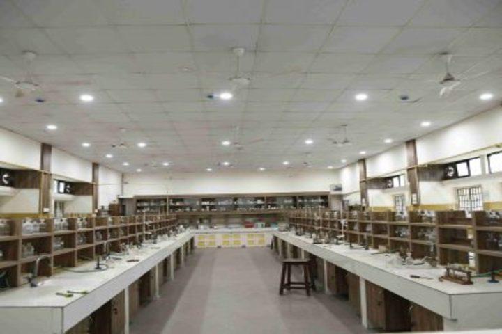 The Hyderabad Public School-Chemistry Lab
