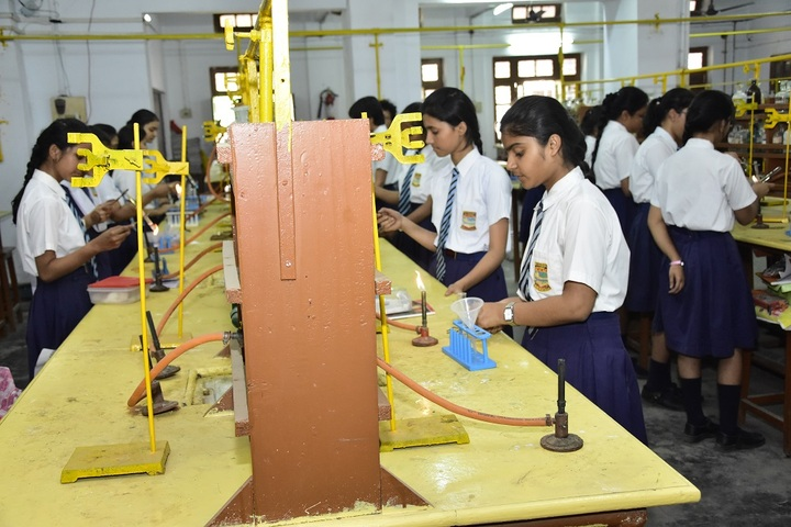 Girls High School and College-Chemistry Lab