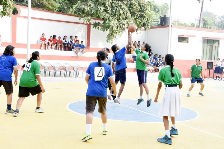 Girls High School and College-Sports