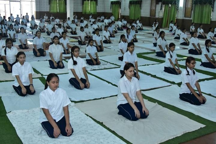 Girls High School and College-Yoga
