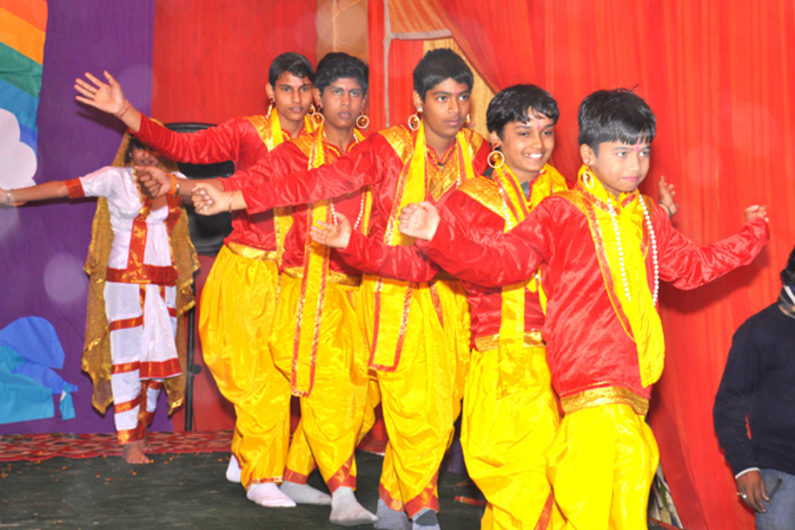Campus School-Dance Competition