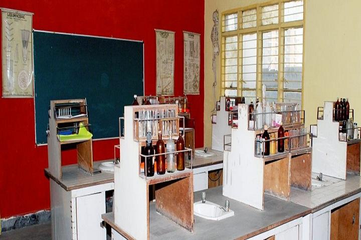 Campus School-Science Lab