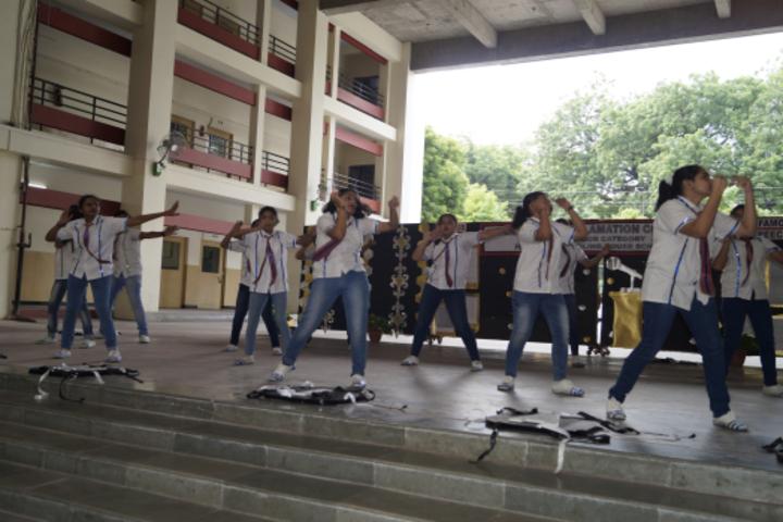 Sheiling House School-Dancing Activity