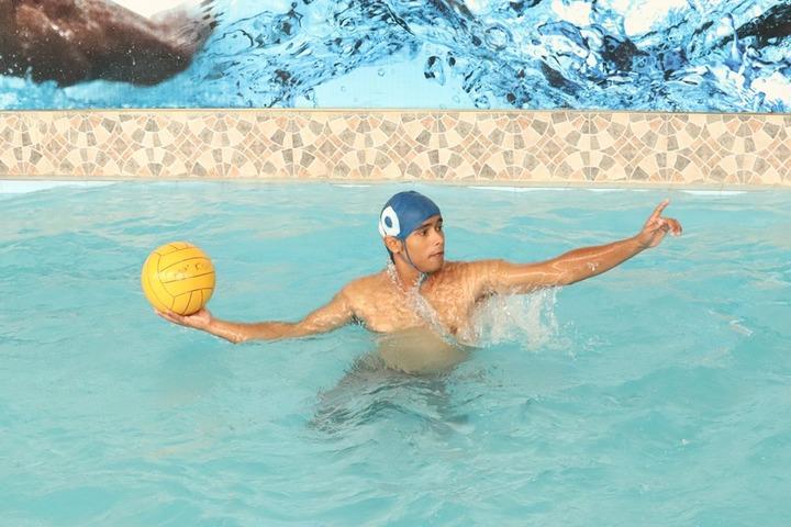 La Martiniere College-Swimming Pool