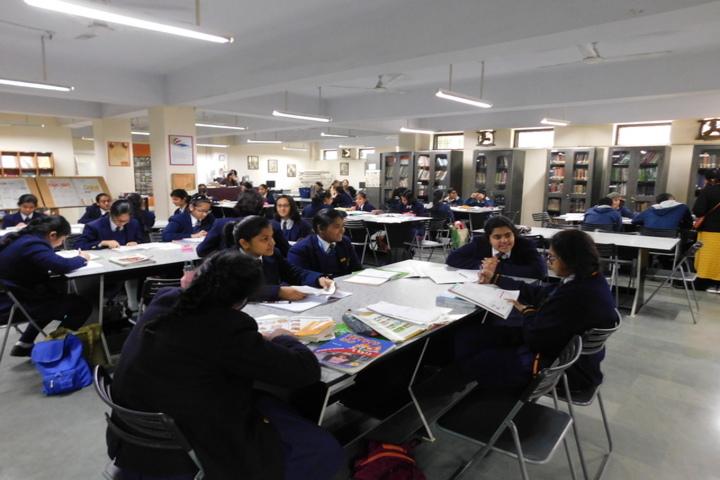 La Martiniere Girls College-Library