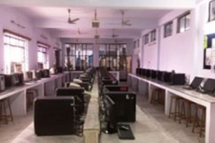 City Montessori Inter College-Computer Lab