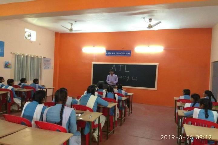 Govt Girls Higher Sec School Surguja-Classroom