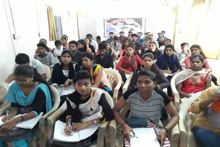 Govt Girls Higher Sec School Surguja-Students