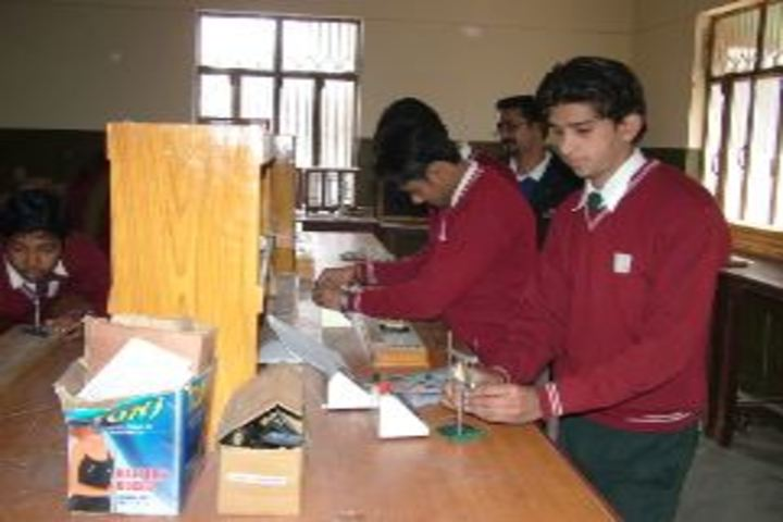 Bishop George School-Lab