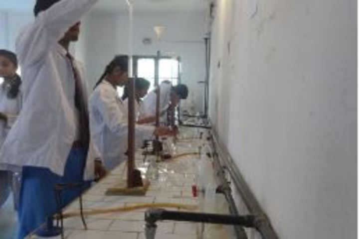 Riverside Academy Inter College-Science Lab