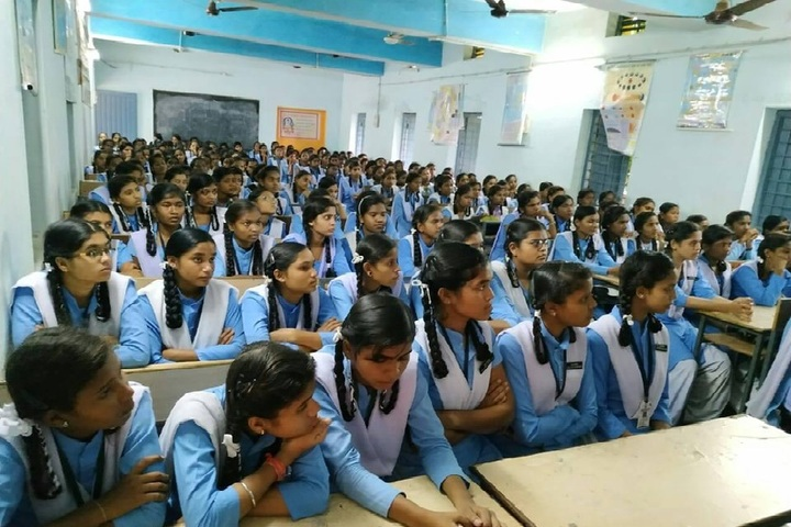 Govt Girls Higher Sec School Durg-Students