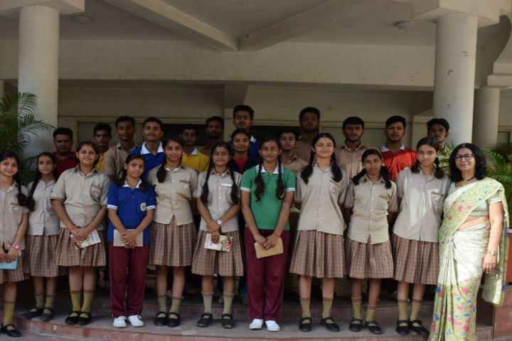 Metropolitan School-Educational Tour