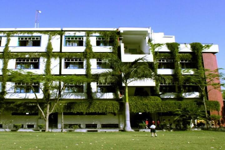 Swaraj India Public School-Campus