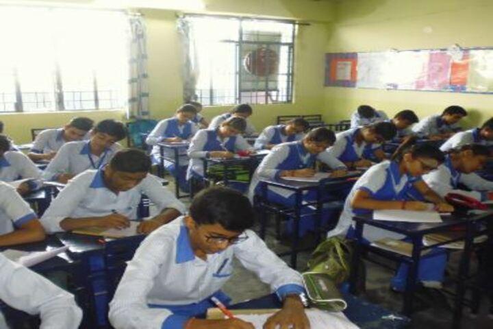 Lucknow Public College-Classroom