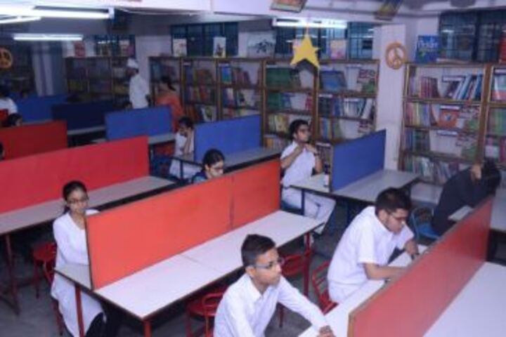 Lucknow Public College-Library