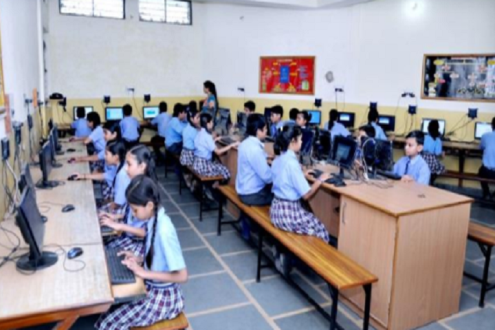 The Woods Heritage School-Computer Lab