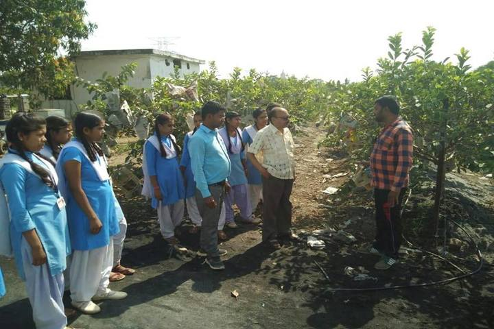 Govt Girls Higher Sec School Raipur-Education Tour