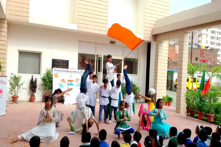 Creathics Public School-Independence Day